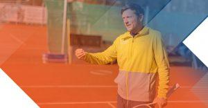 TAAb-Tennis während des Tennistrainings